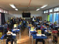 Entrega agendas Escuela Básica Arturo Alessandri Palma, Ovalle